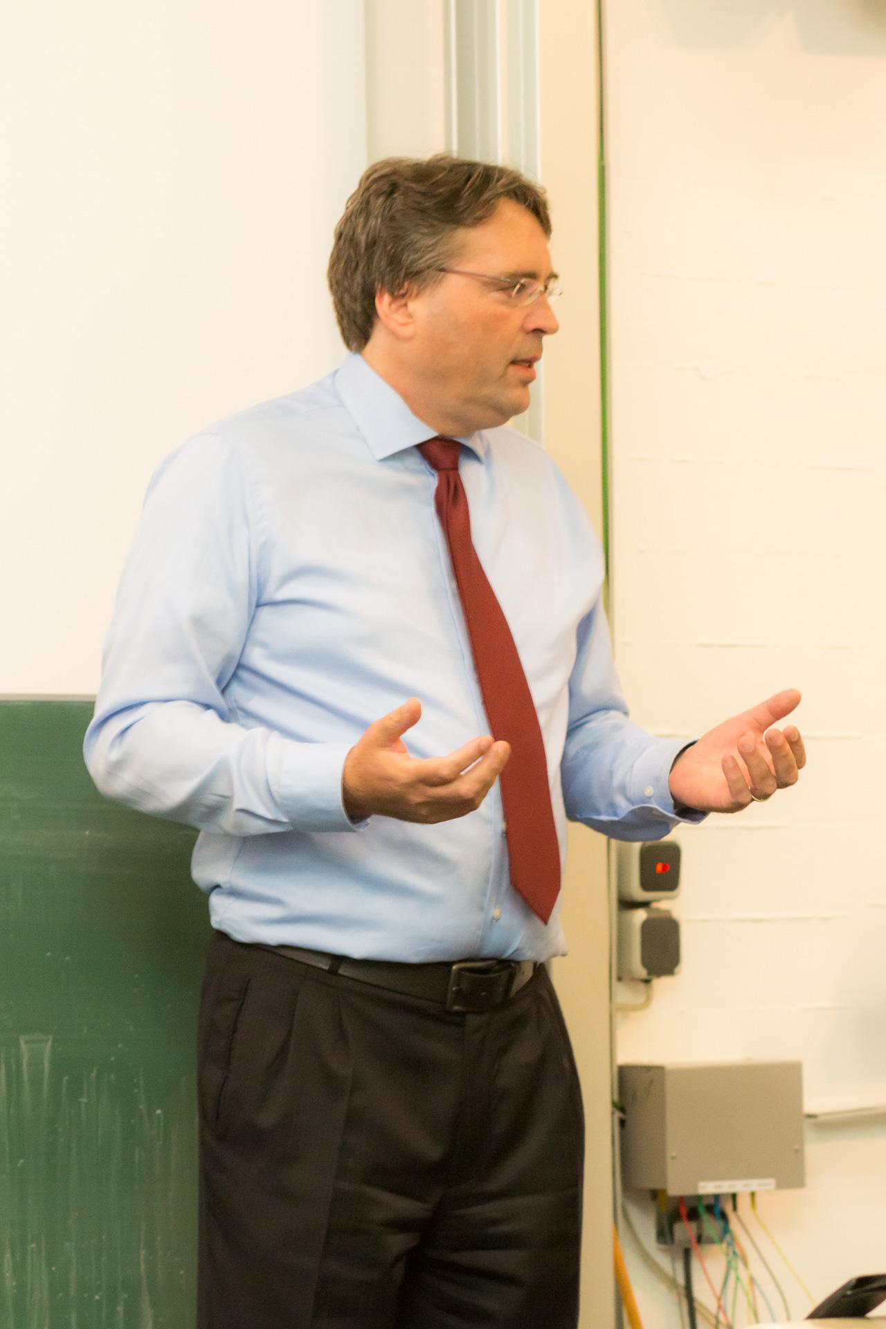 """Dr. Rüdiger Helm berichtete über seine Strategie hinter der sog. """"Mangold-Entscheidung"""" (Foto: Bastian Winter)"""